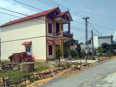 Dân ồ ạt xây nhà trái phép vì không thể chờ quy hoạch