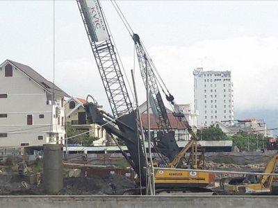 Đà Nẵng: Lập biên bản hai công trình lén xả nước thải trái phép ra biển