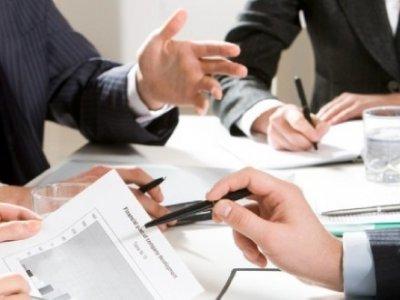 Quy định về số gói thầu tối đa một đơn vị tư vấn được nhận trong một dự án?