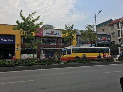 Nhà máy xe lửa Gia Lâm cho thuê làm bãi trông giữ xe trái phép?