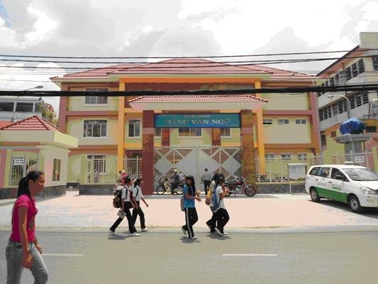 Dang Van Ngu Elementary school
